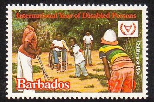Barbados SG673
